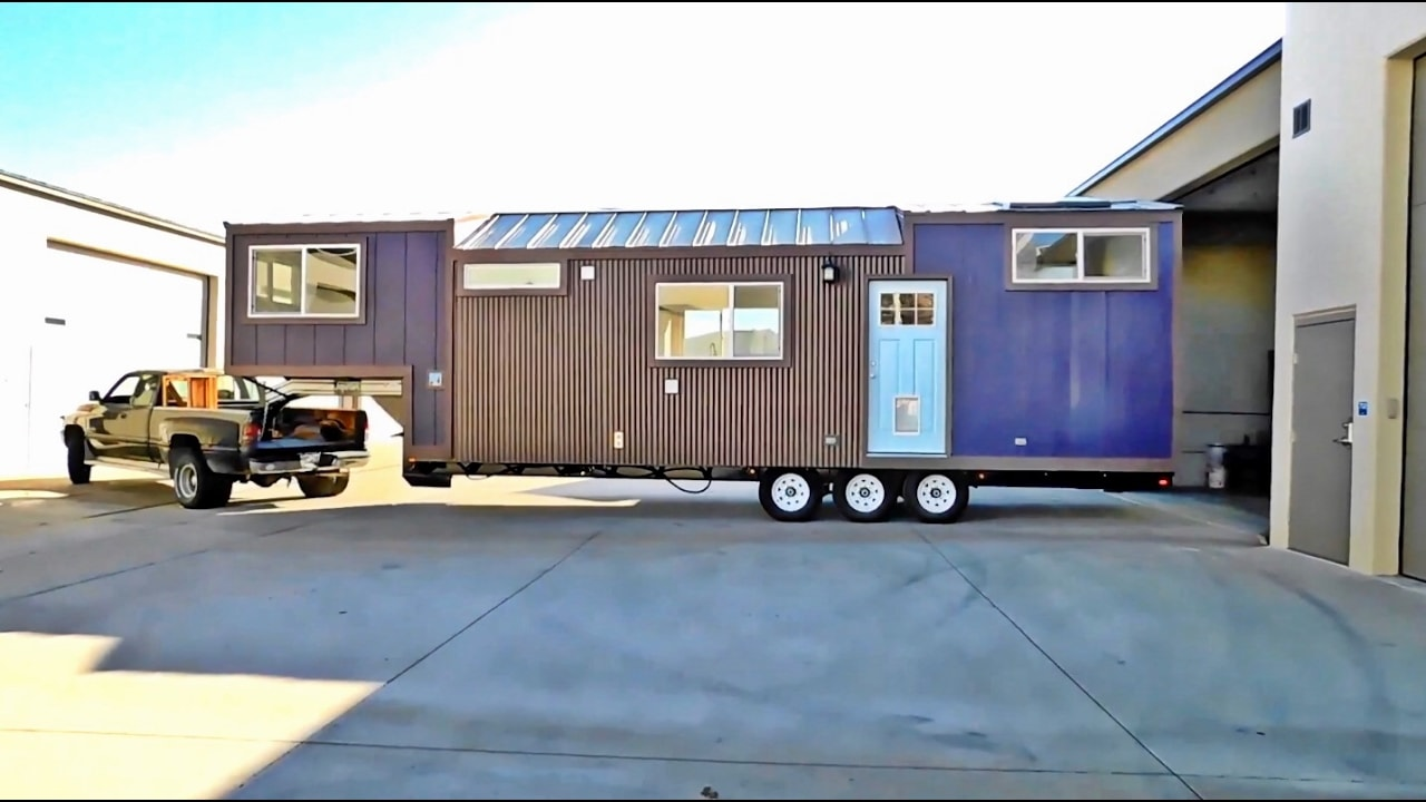 In This Video My Long Time Tiny House Friend Cheryl Coates Of Diamond Homes Colorado Gives Us A Tour One Their Latest Creations That The New