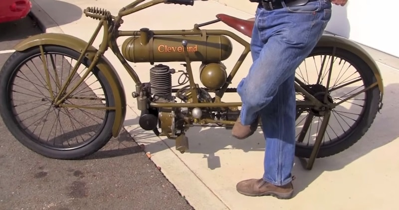 Riding A 1917 Cleveland A2 Lightweight Vintage Antique Motorcycle ...