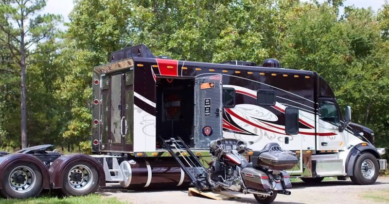 168 Ari Legacy Custom Sleeper With 52 Motorcycle Garage