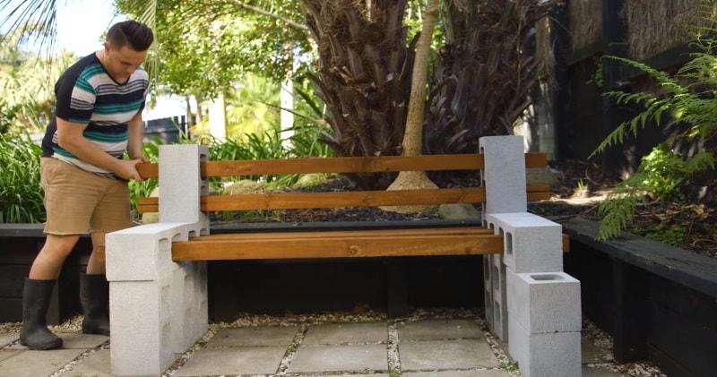 Fantastic How To Make A Diy Garden Seat Without Nails Using Cinder Blocks Creativecarmelina Interior Chair Design Creativecarmelinacom