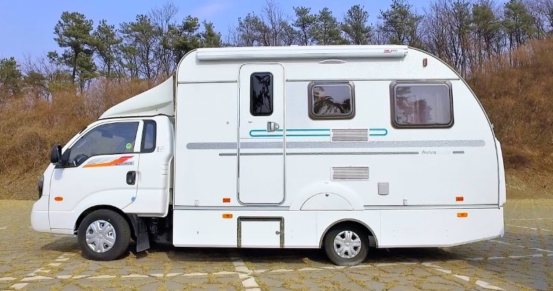 First Ever Hybrid Motorhome – Hybrid Of a Truck Camper & a