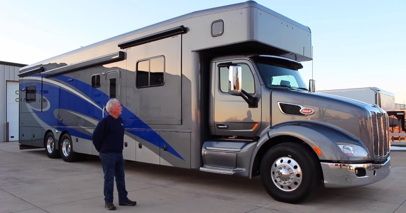 The Ultimate Motorhome The 45 Showhauler Motorcoach 579
