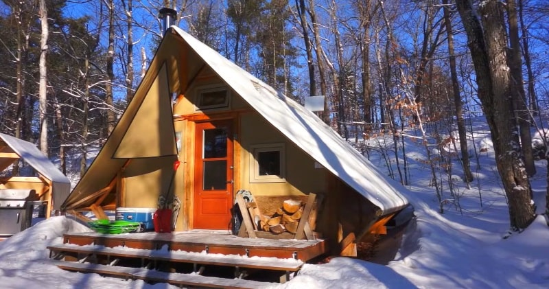 A 4 Season Tent That Is Completely Off Grid A Tiny House