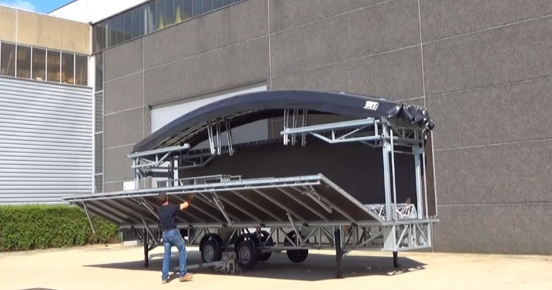 Fast & Easy Portable Mobile Stage Trailer With Curved Roof