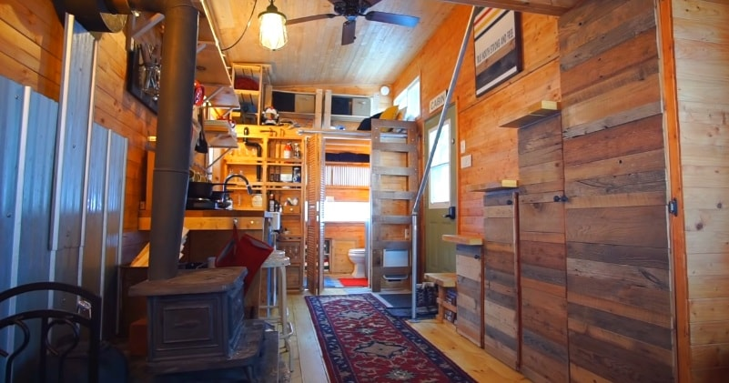 A Full Tour Of A 24 Feet Long Tiny House Cottage On Wheels Sia