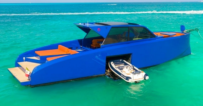 The Handmade Vanquish Vq50 Yacht With Starboard Side Garage Sia