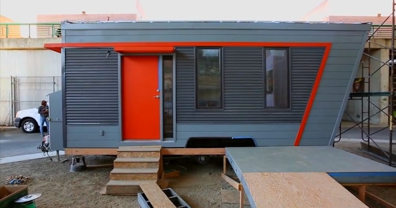 Oakland College Class Shows How To Build Your Own Tiny House | Sia