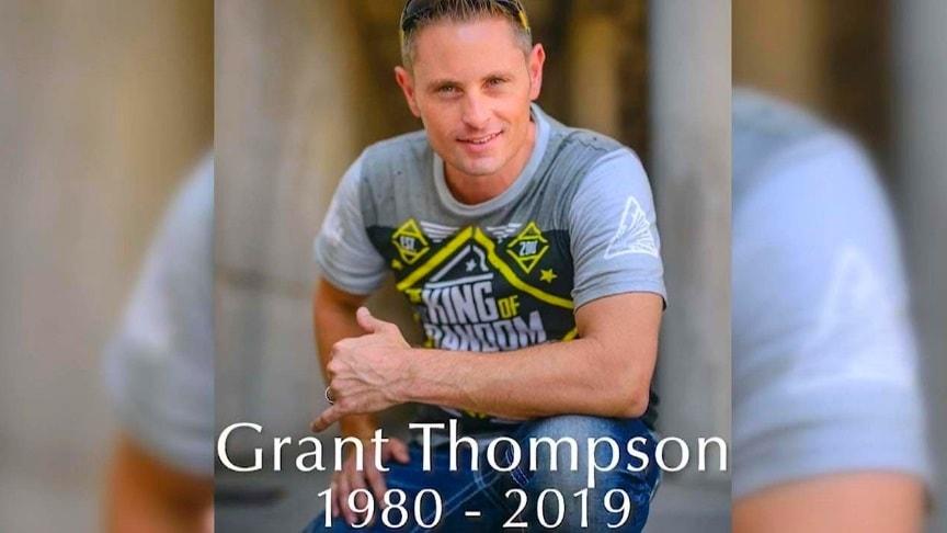 "YouTuber ""King Of Random"" Grant Thompson Dies In Paragliding"